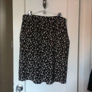 Ann Taylor Sz 10 Leopard Print Pencil Skirt